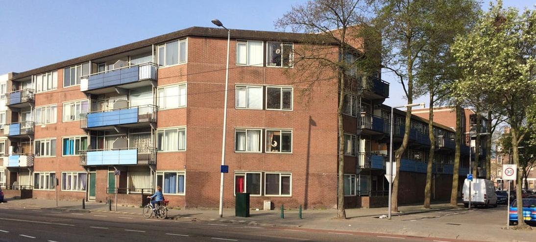 van rheynstraat in rotterdam vanaf de straat gezien in de bestaande situatie voor de renovatie