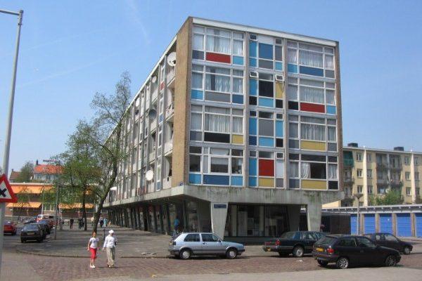 de verfdozen gebouwen voor de renovatie in amsterdam