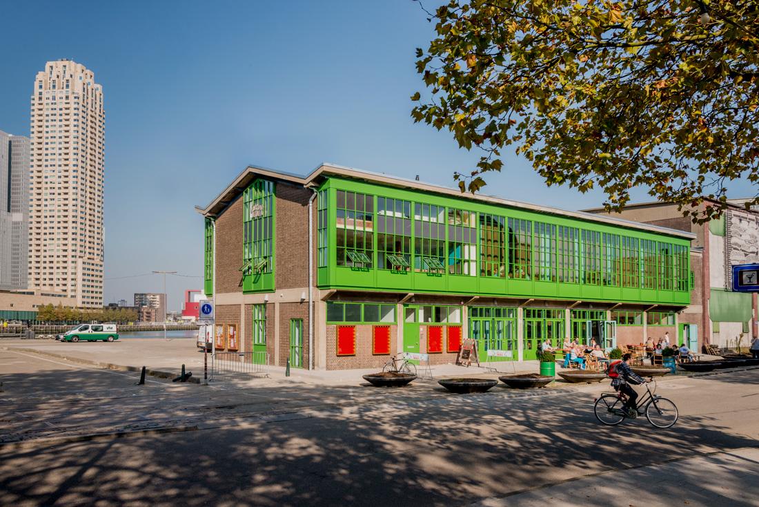De gerenoveerde groene kantine Walhalla op Katendrecht in Rotterdam.